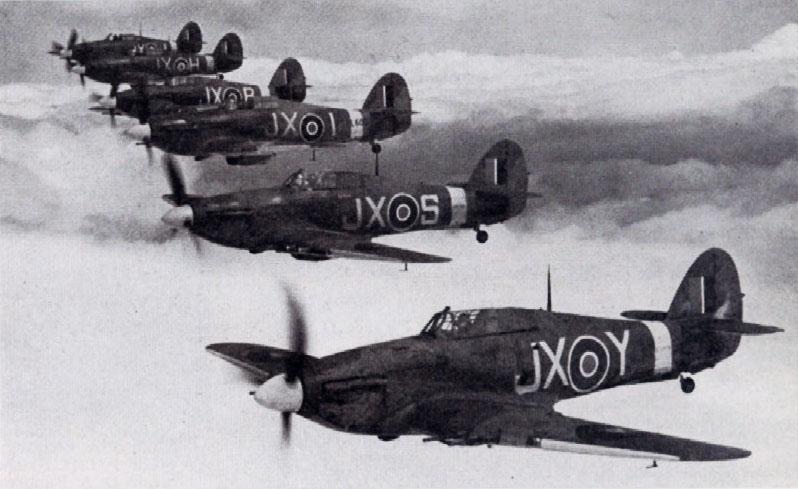 Hawker Hurricane II RAF 1 Squadron in formation 01