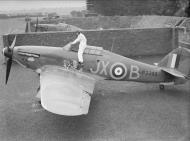 Asisbiz Hawker Hurricane I RAF 1Sqn JXB Arthur V Clowes P3395 England 1940 IWM CH17331