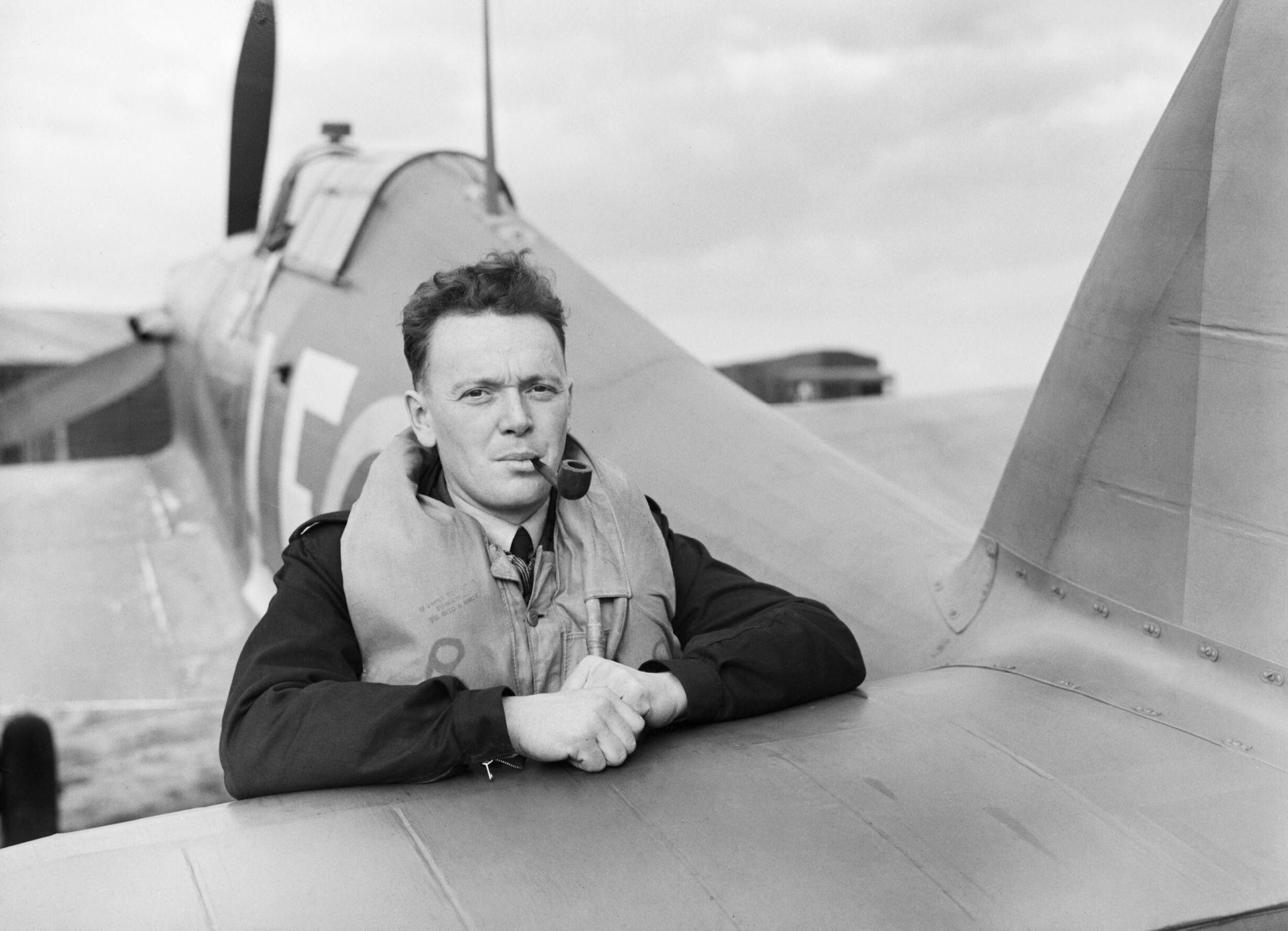 Aircrew RAF 242Sqn pilot PS Turner at Fowlmere Sep 1940 IWM CH1376