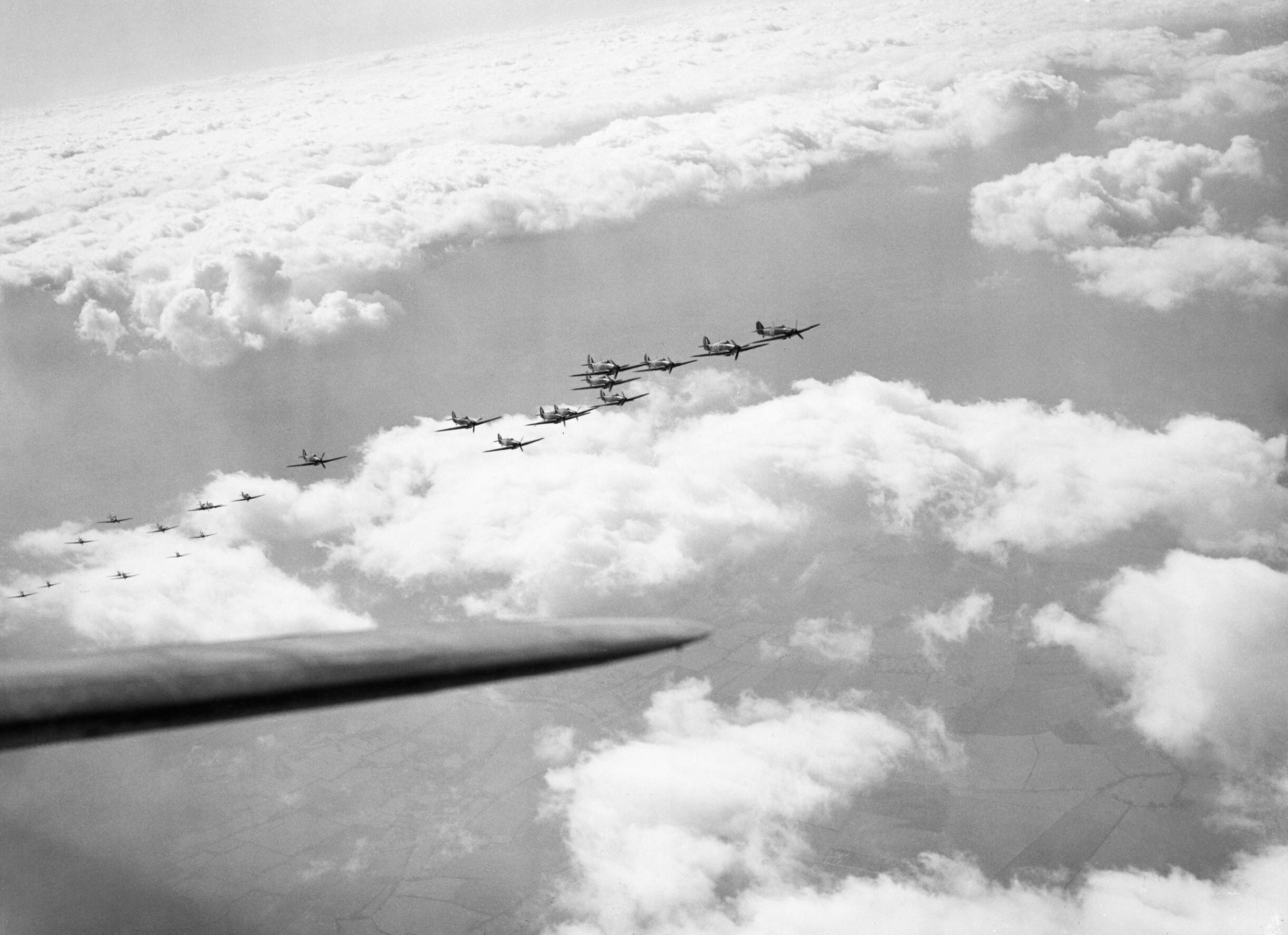 Hawker Hurricane I RAF 242Sqn group formation Oct 1940 IWM CH1429