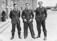 Asisbiz Aircrew RAF 242Sqn pilots McKnight, Bader and Ball at Duxford Cambridgeshire 1940 IWM CH1342