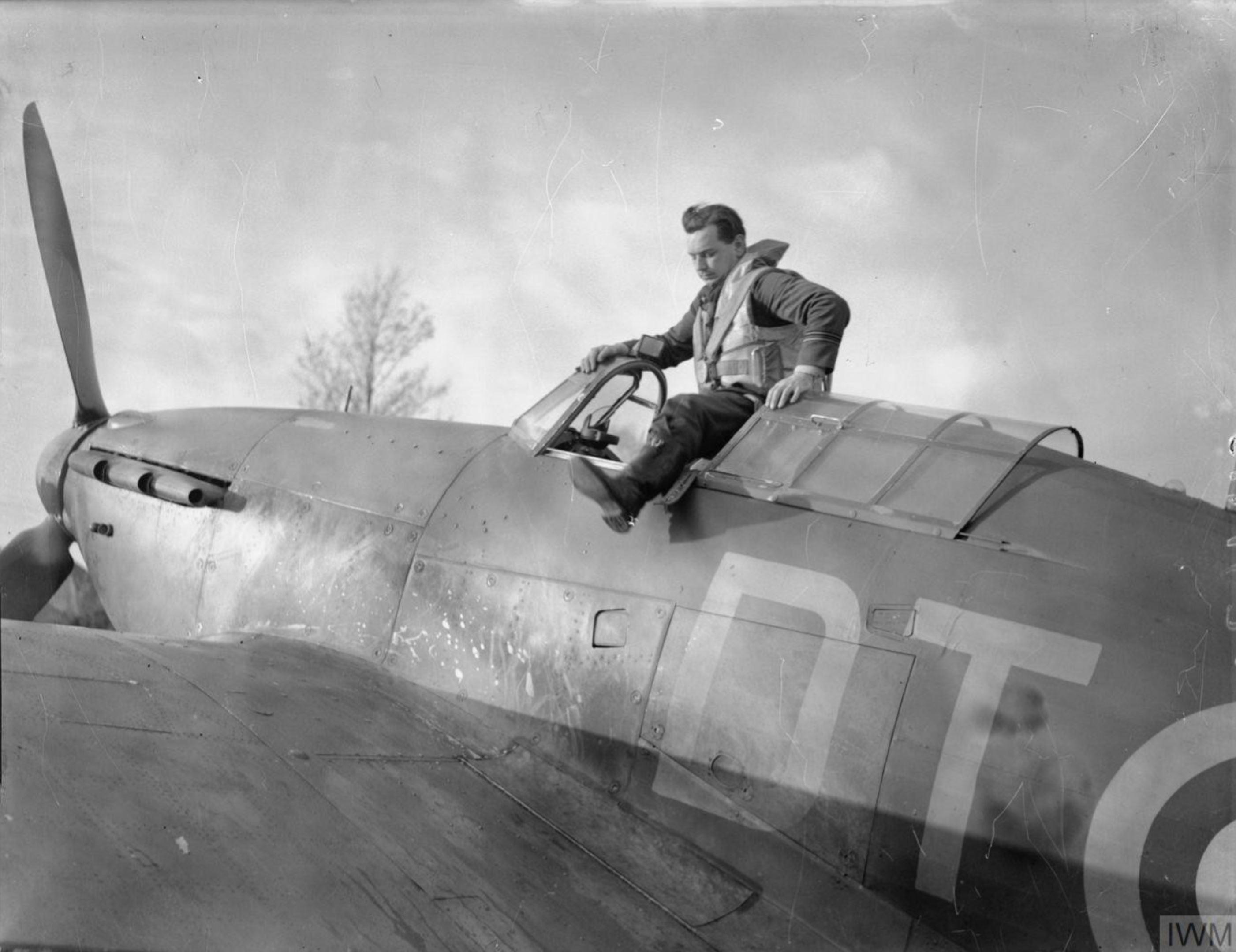 Hurricane I RAF 257Sqn HP Cowboy Blatchford at Martlesham Heath Suffolk IWM CH1670