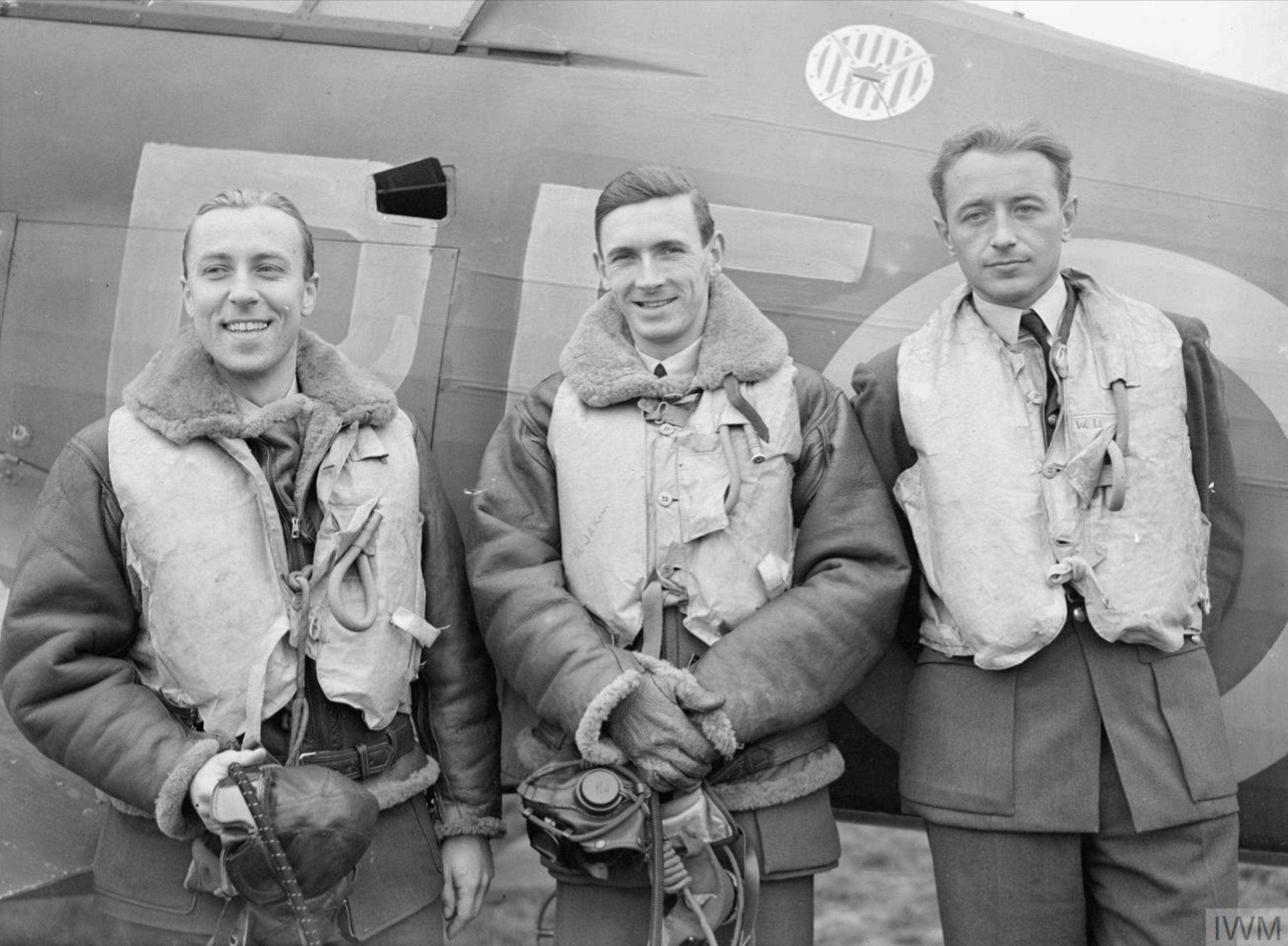 Aircrew RAF 303Sqn (Polish) pilots at RAF Leconfield Yorkshire 24th Oct 1940 IWM CH1531