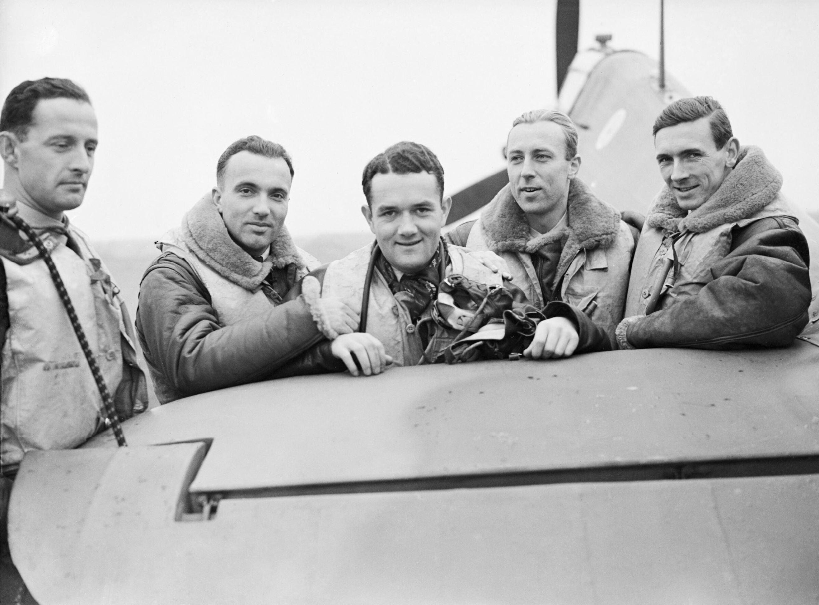 Aircrew RAF 303Sqn (Polish) pilots at RAF Leconfield Yorkshire 24th Oct 1940 IWM CH1533