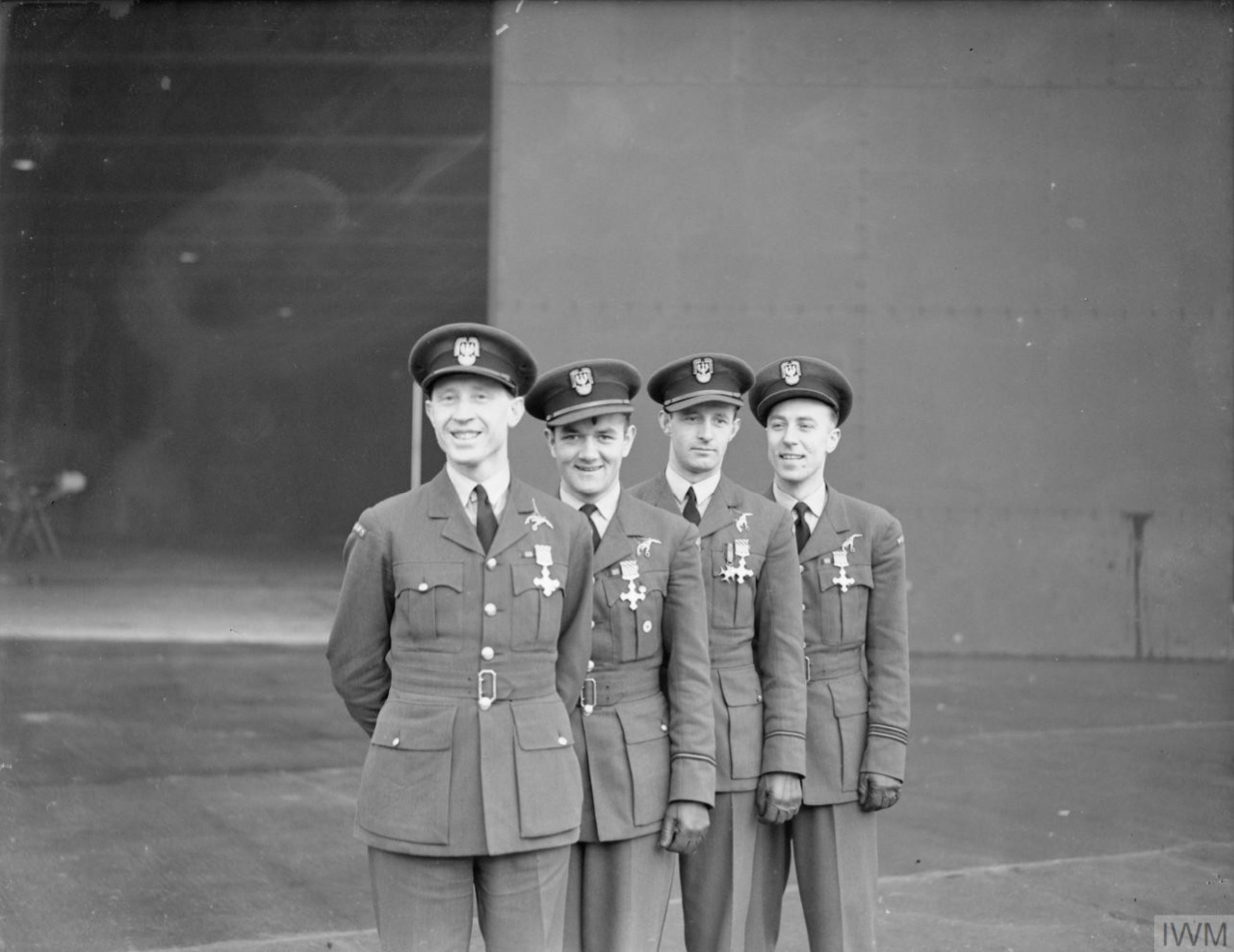 Aircrew RAF 303Sqn (Polish) pilots at awards ceremony 15 Dec 1940 IWM CH1840