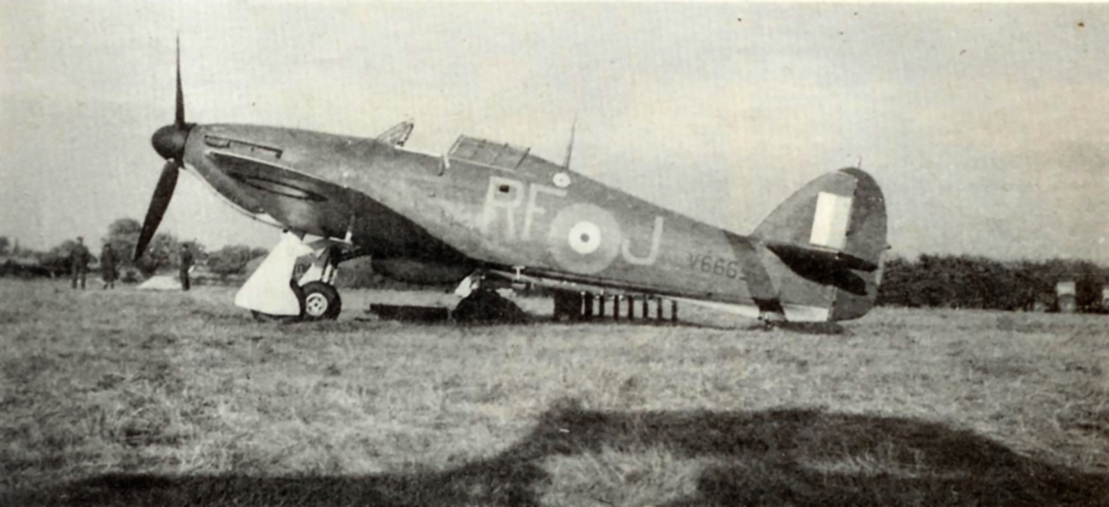 Hurricane I RAF 303Sqn RFJ John A Kent V6665 Northolt England Sep 1940 01