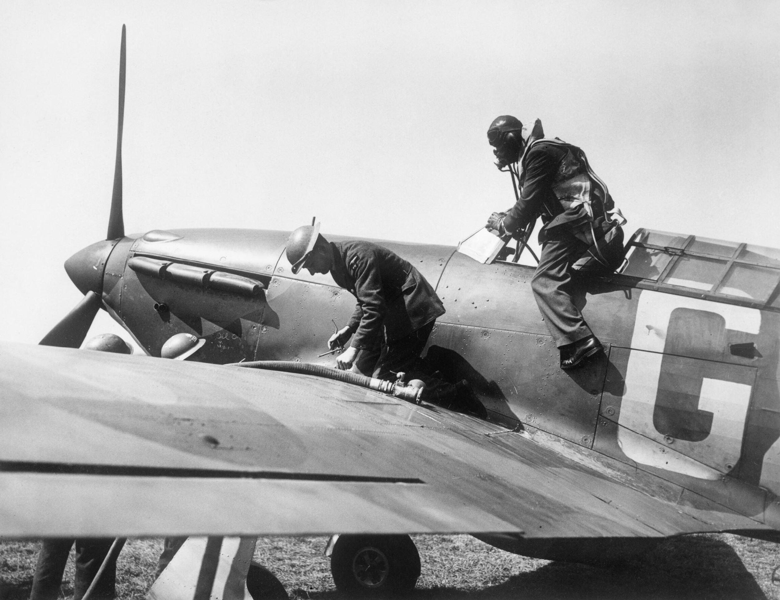 Hurricane I RAF 32Sqn GZ being refueled at RAF Hawkinge 1940 IWM HU54513