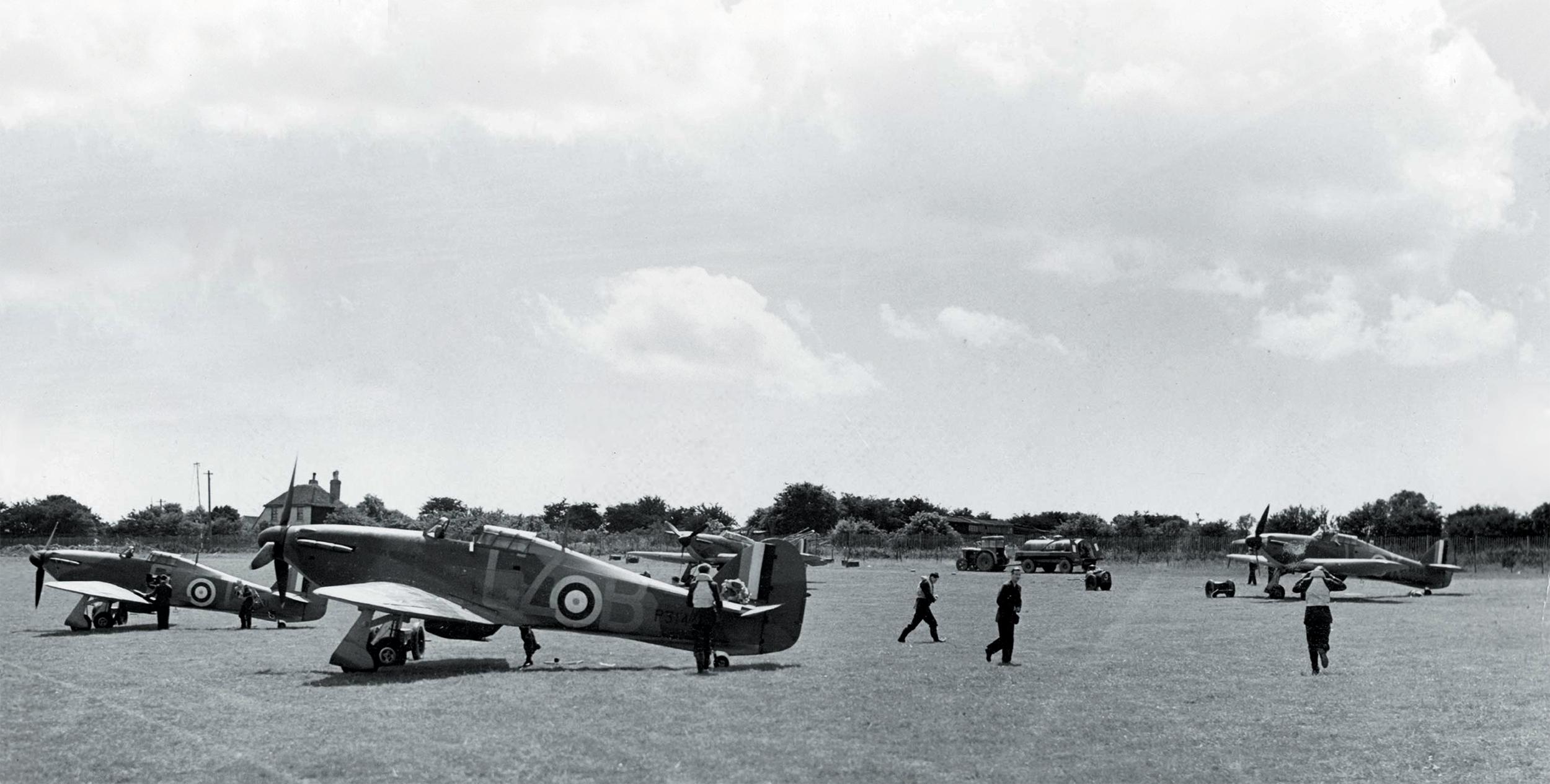 Hurricane I RAF 32Sqn GZB P314x CZK GZT Biggin Hill England July 1940 01a