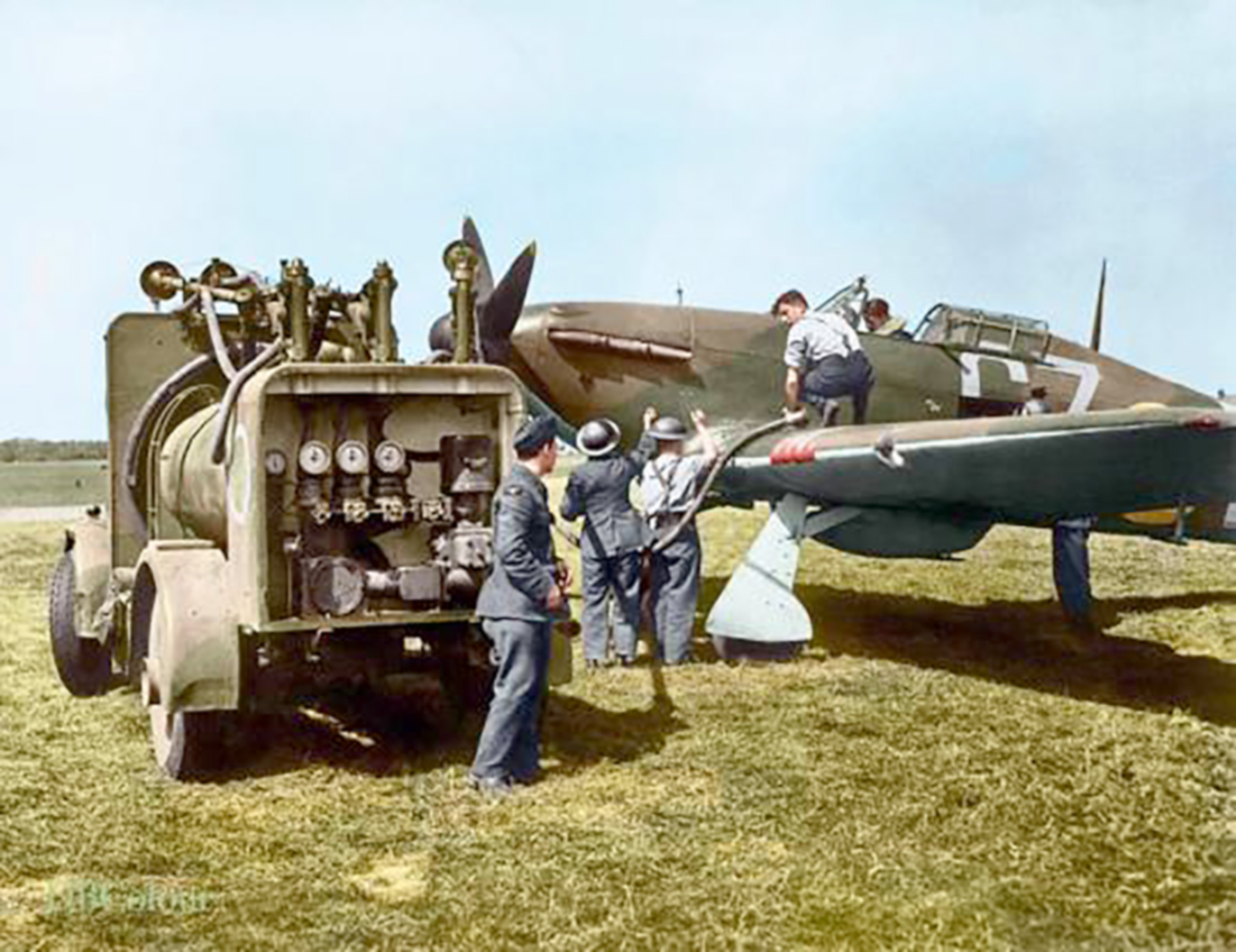 Hurricane I RAF 32Sqn GZL P2921 being refueled Biggin Hill Aug 1940 IWM HU57450a