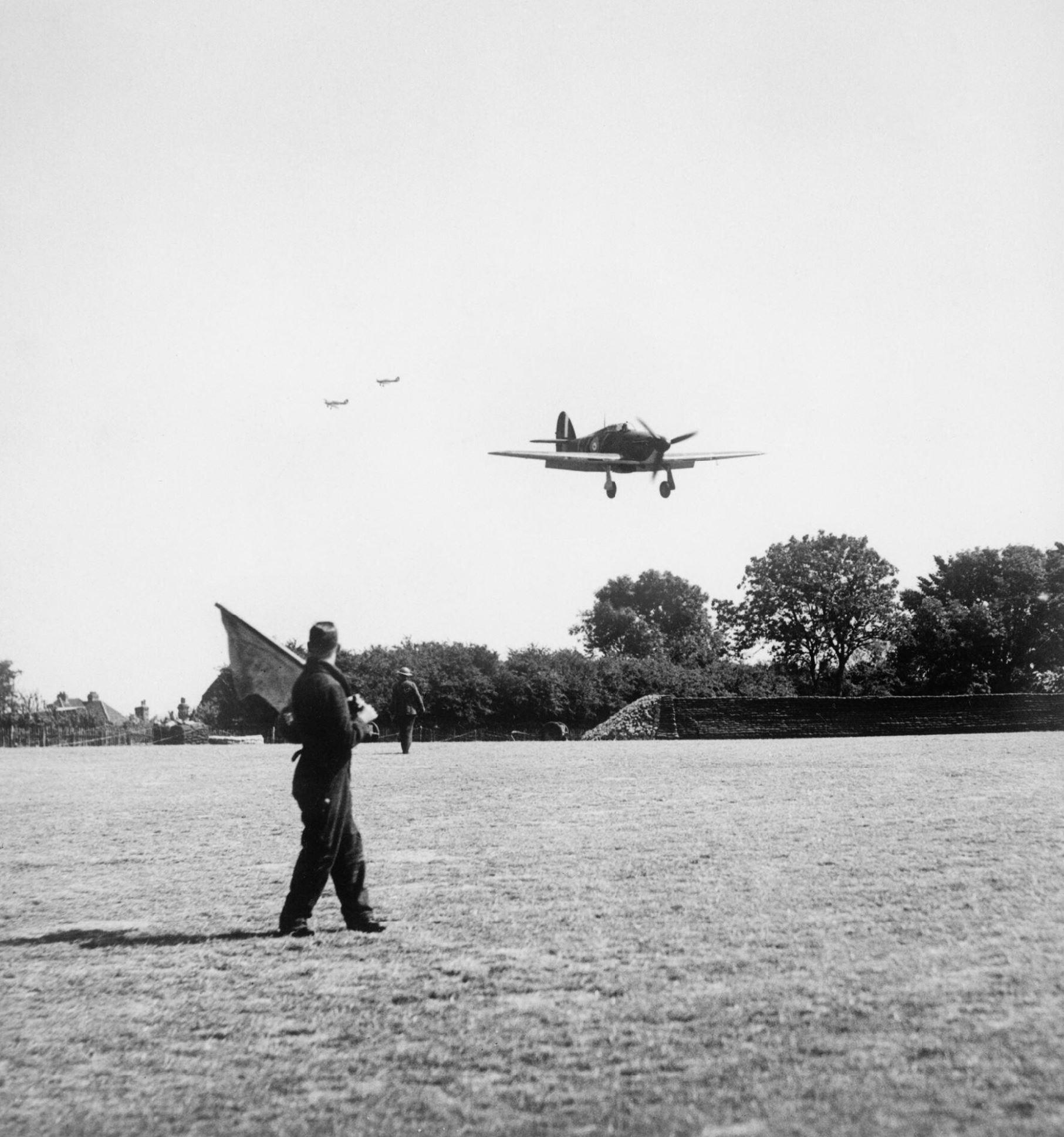 Hurricane I RAF 32Sqn GZZ landing at Biggin Hill England Aug 1940 IWM HU54519