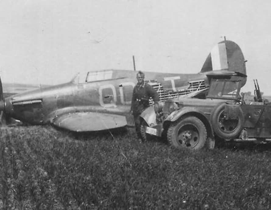 Hawker Hurricane I RAF 3Sqn QOT belly landed France 1940 01