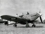 Asisbiz Hawker Hurricane IIc RAF 3Sqn QOC Z3068 based at RAF Hundson 1941 IWM CH3510