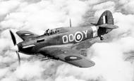 Asisbiz Hawker Hurricane IIc RAF 3Sqn QOY BD867 based at RAF Hundson Hertfordshire 1941 01