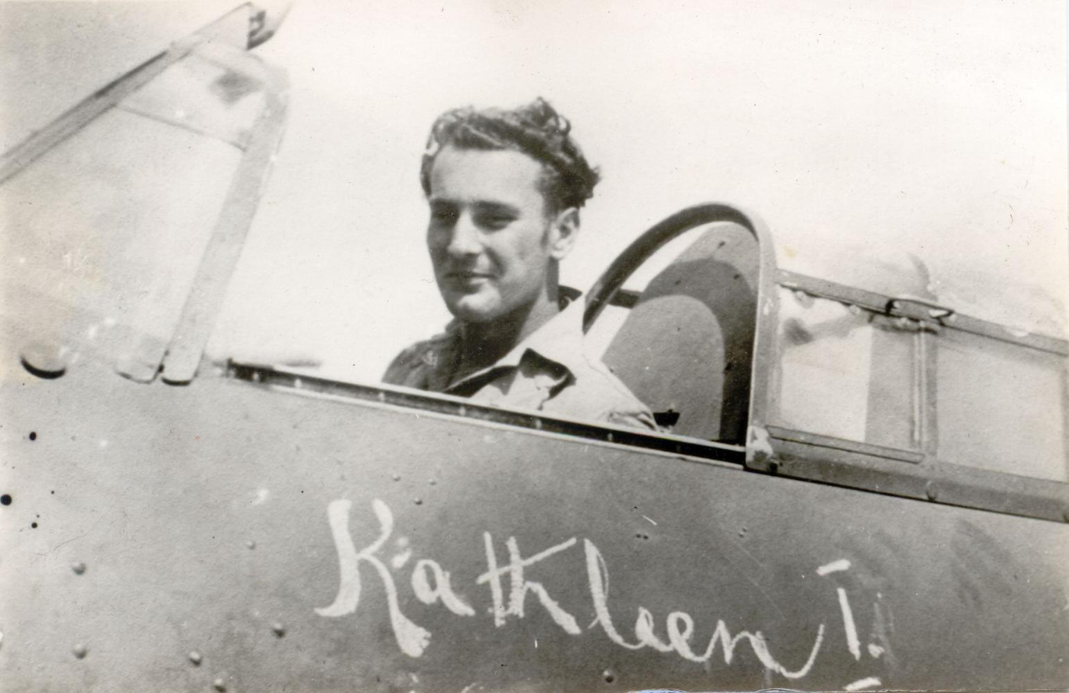 Aircrew RAF 45Sqn and 46Sqn Derrick Sykes in his Hurricane named Kathleen I North Africa 1941 42 01