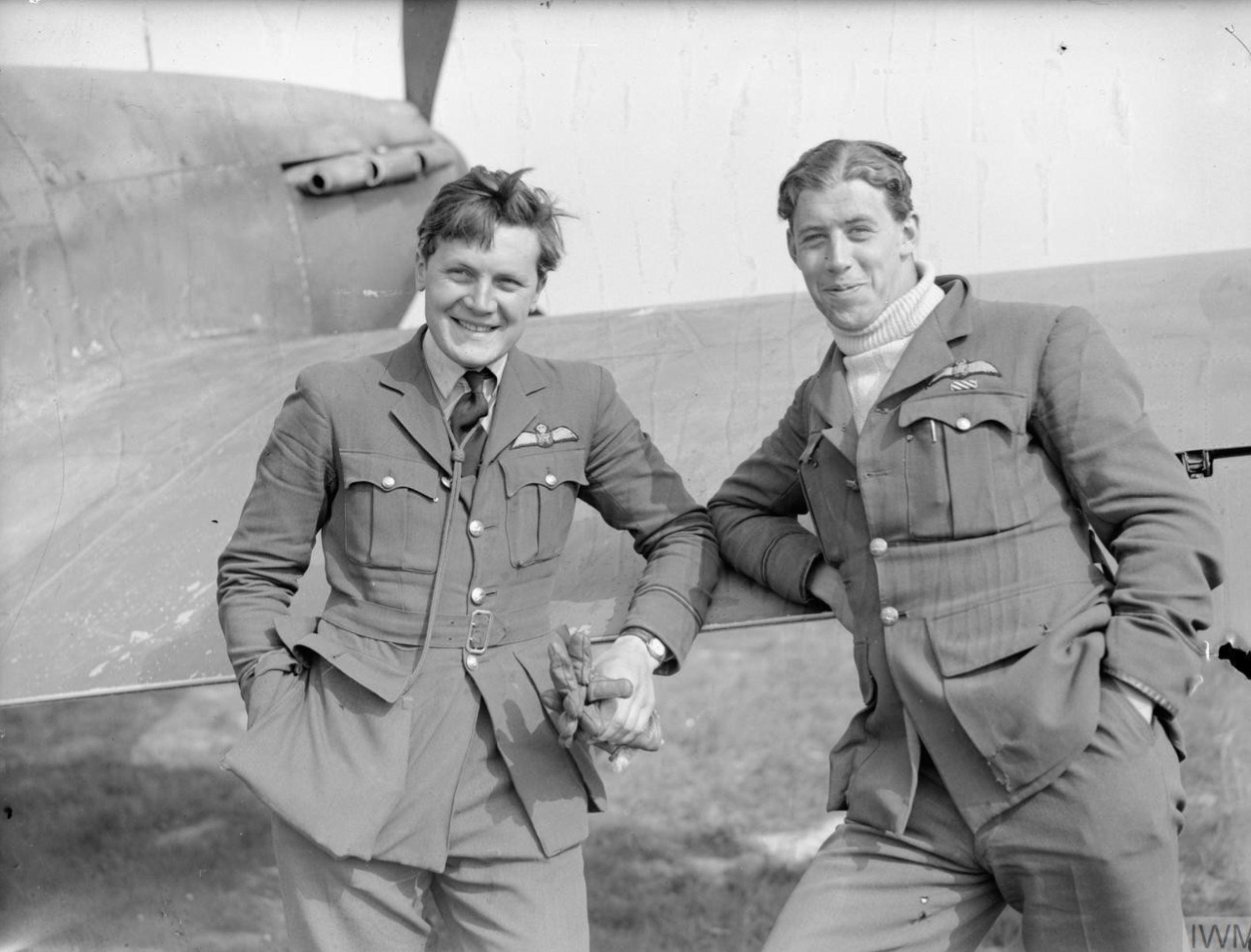 Aircrew RAF 73Sqn N Fanny Orton and EJ Cobber Kain Sep 1940 IWM C1564