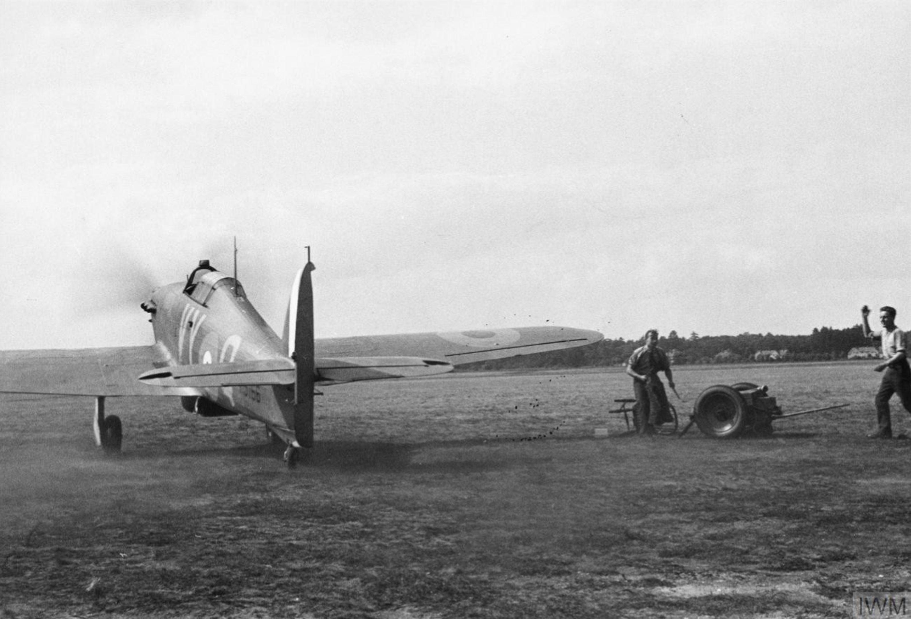 Hawker Hurricane I RAF 85Sqn VYQ Peter Townsend P3166 England Jul 1940 IWM HU104488