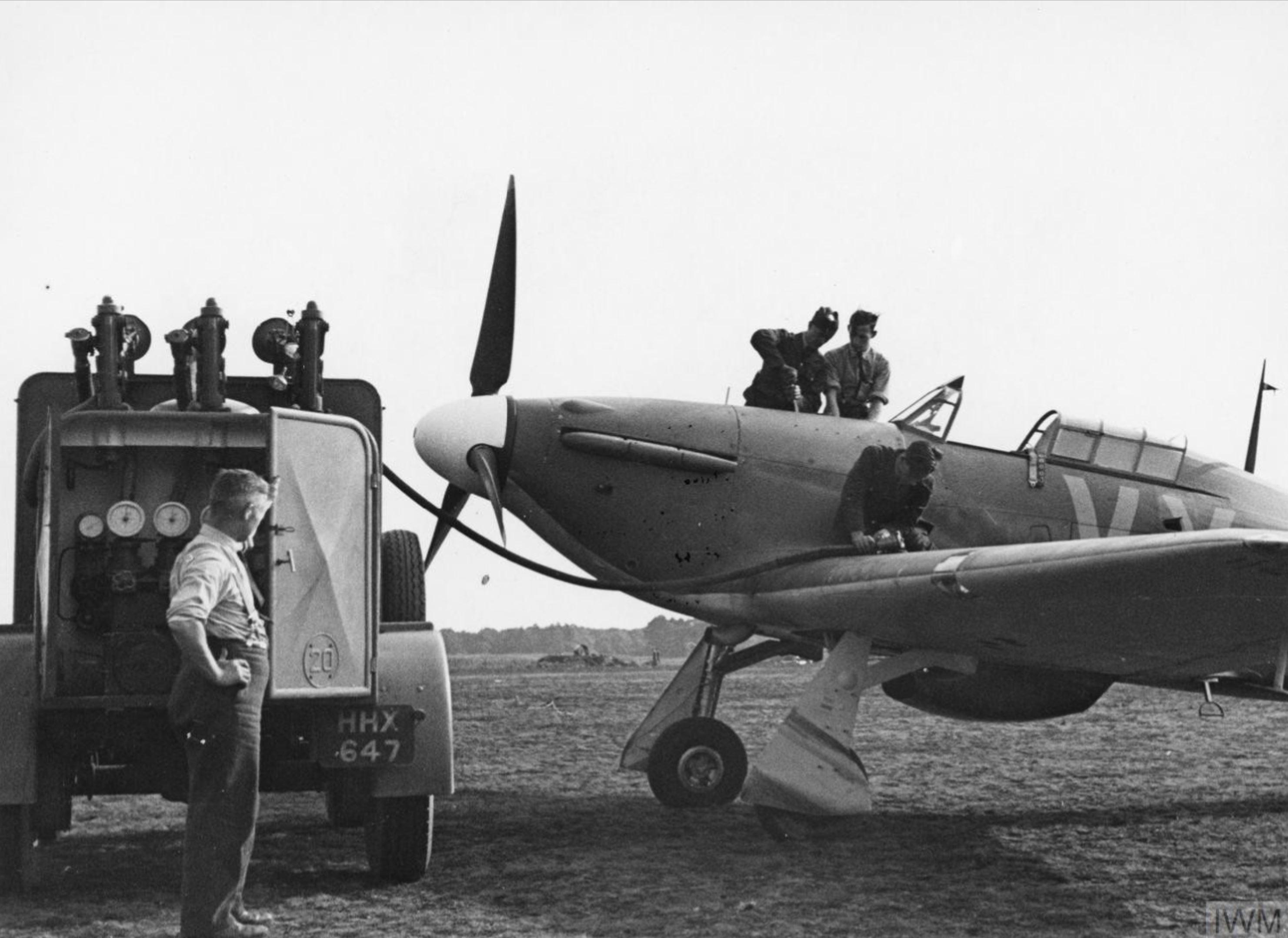 Hawker Hurricane I RAF 85Sqn VYQ Peter Townsend P3166 England Jul 1940 IWM HU104490