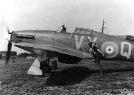 Asisbiz Hawker Hurricane I RAF 85Sqn VYQ 1940 01