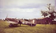 Asisbiz Hawker Hurricane I RAF 85Sqn VYR Albert G Lewis P2923 scramble at Castle Camps Jul 1940 IWM HU104483 C