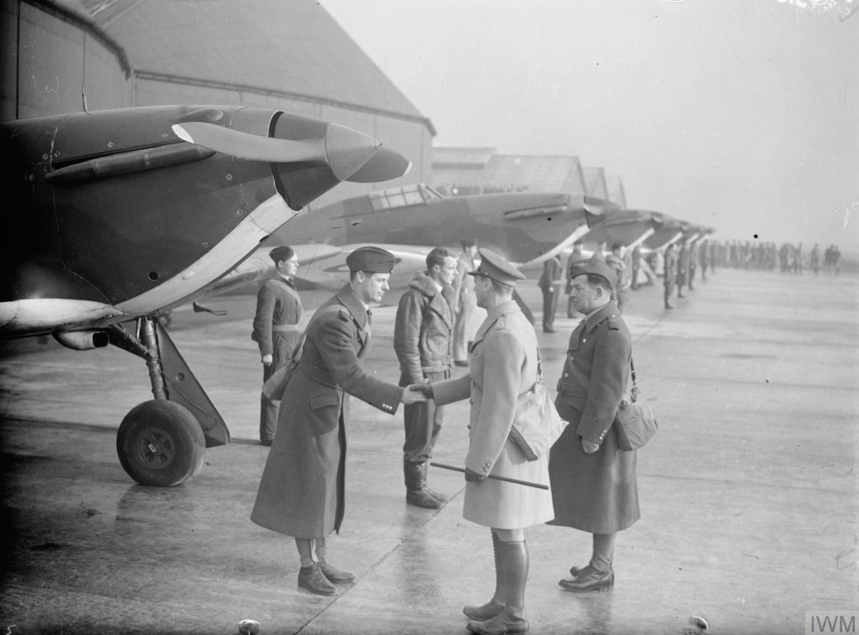 Aircrew RAF 87Sqn at Lille Seclin 6 Dec 1939 IWM F2344A