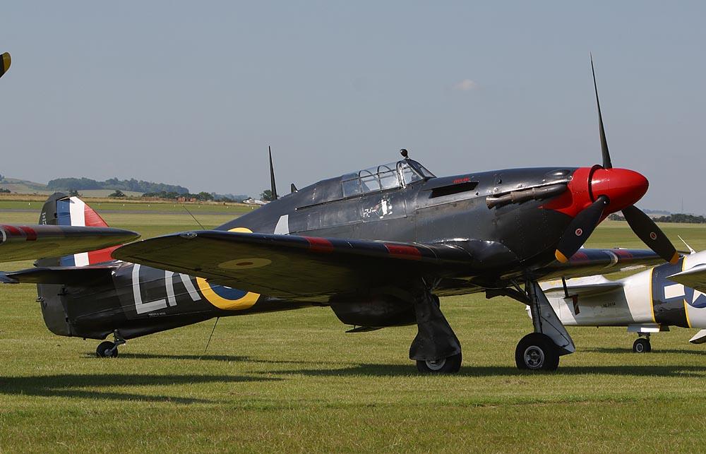 Airworthy Warbird Hurricane MkI RAF 87Sqn LKA Ian Gleed P2798 England 1941 01