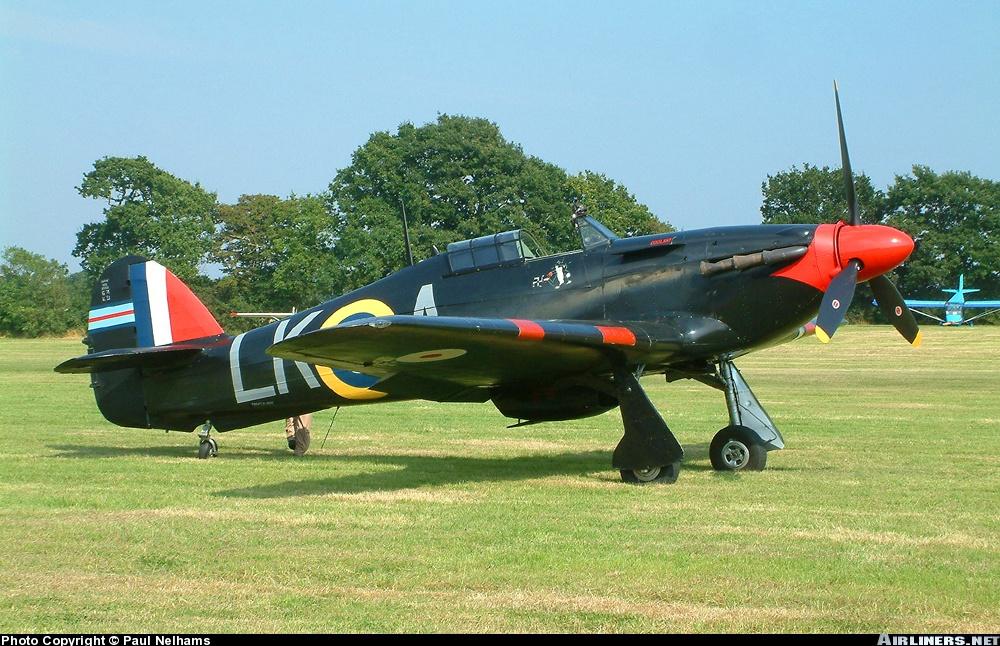 Airworthy Warbird Hurricane MkI RAF 87Sqn LKA Ian Gleed P2798 England 1941 05