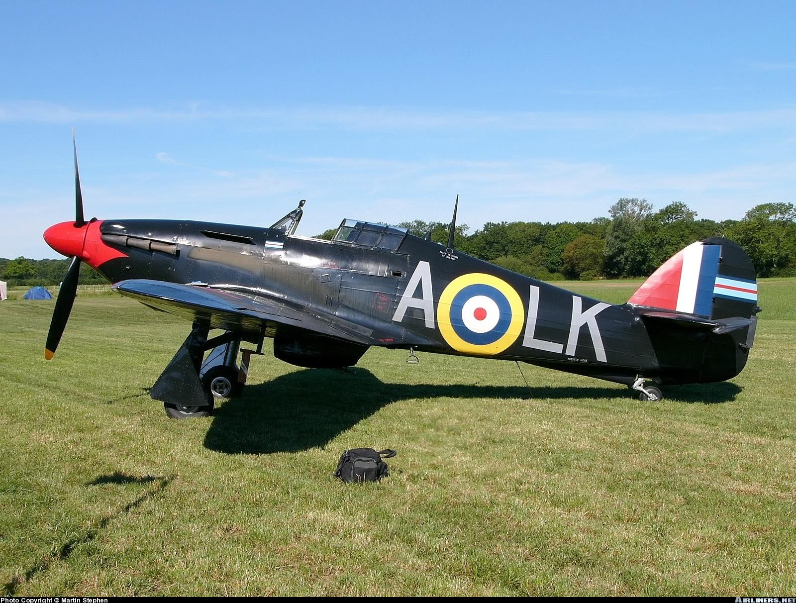 Airworthy Warbird Hurricane MkI RAF 87Sqn LKA Ian Gleed P2798 England 1941 06