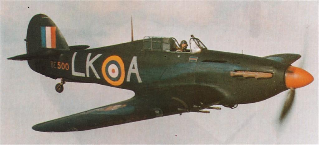 Hurricane IIc RAF 87Sqn LKA Ian Gleed BE500 England late 1940 02