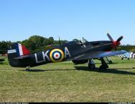 Asisbiz Airworthy Warbird Hurricane MkI RAF 87Sqn LKA Ian Gleed P2798 England 1941 02