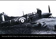 Asisbiz Hurricane I RAF 87Sqn LKA Ian Gleed England Sep 1940 01
