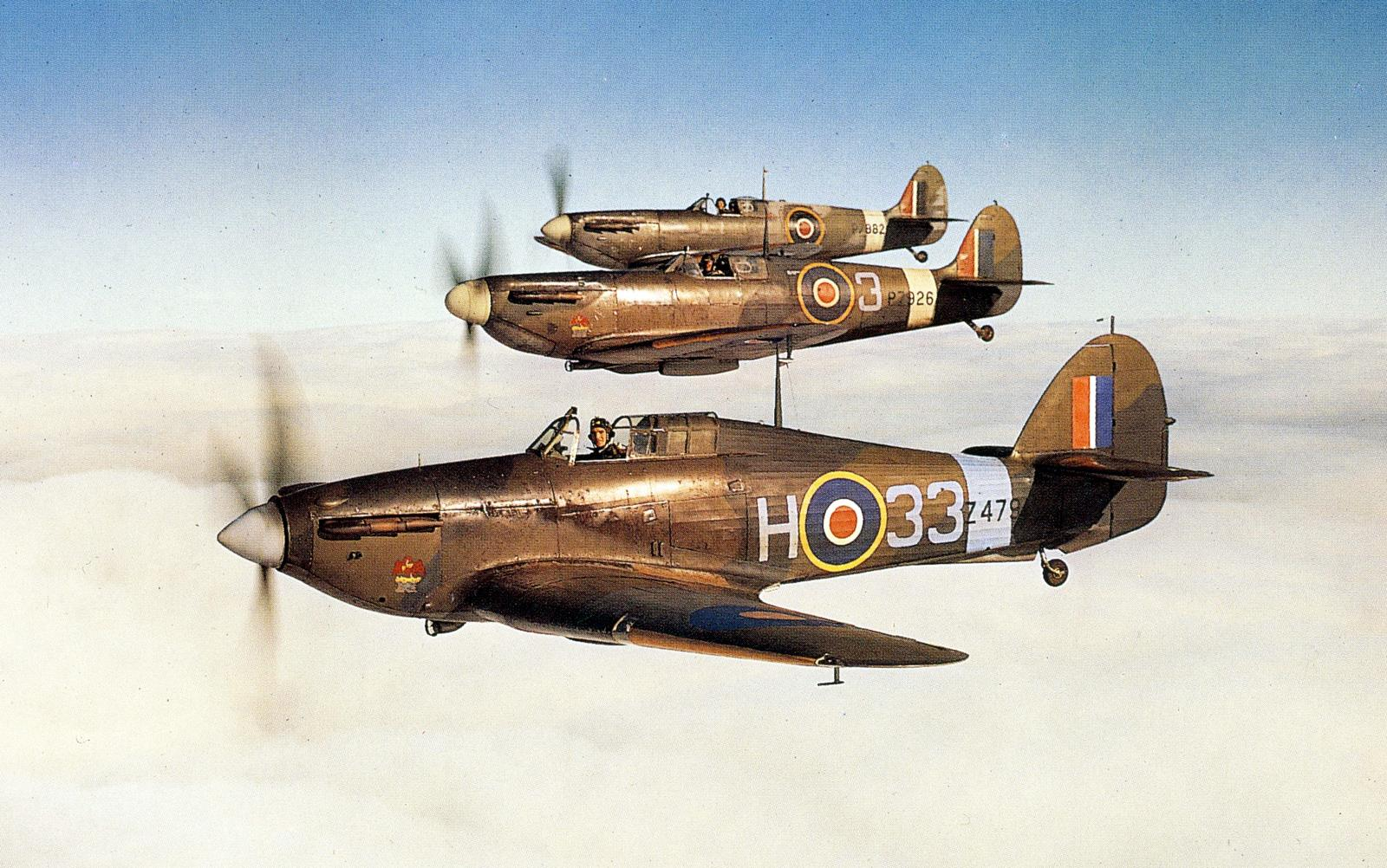 Empire Central Flying School Hurricane H33 Z4794 with Spitfires PZ926 and PZ882 01