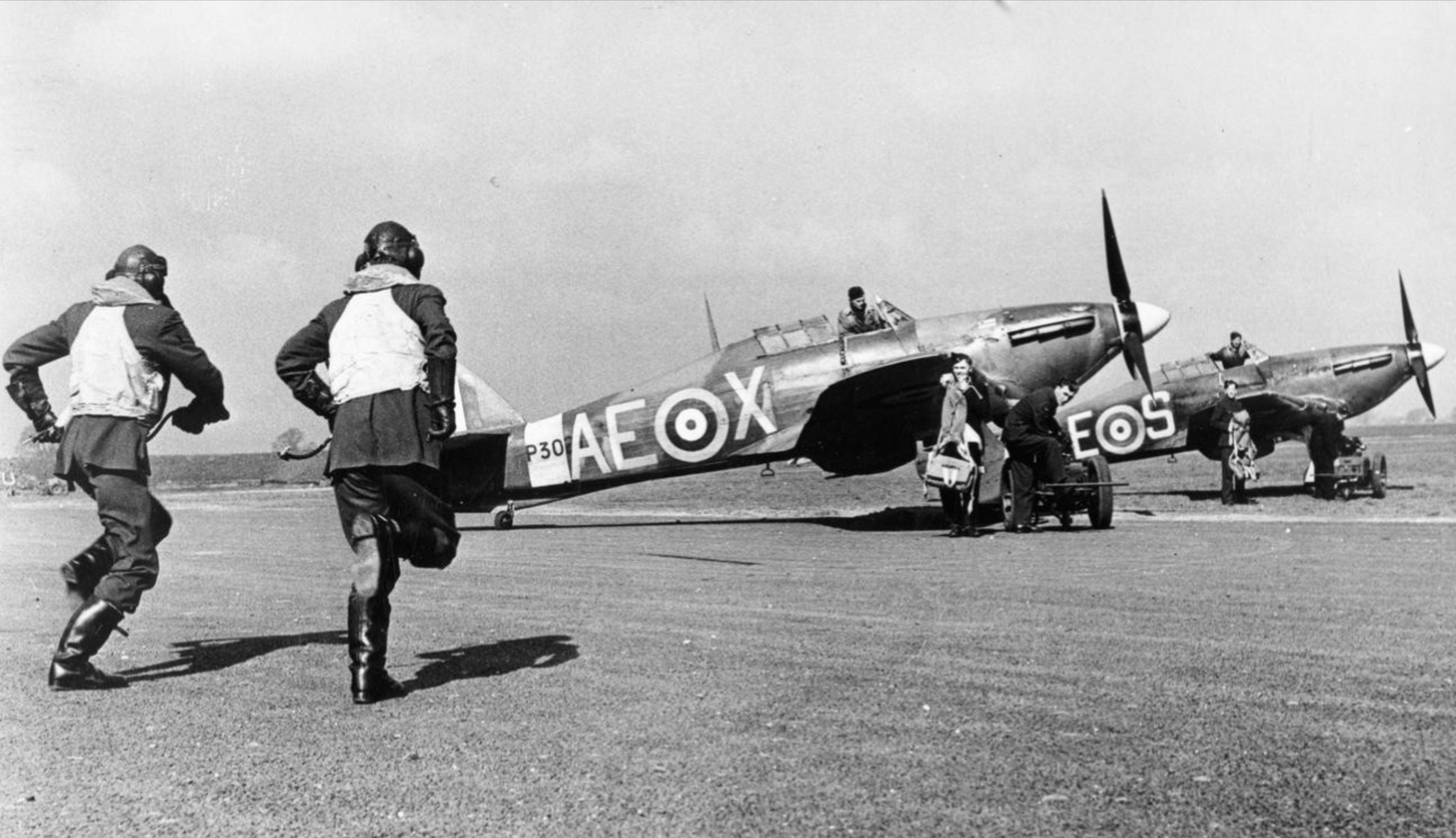 Hurricane IIb RCAF 402Sqn AEX P3021 n AES at RAF Digby Lincolnshire IWM HU69094