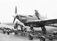 Asisbiz Hurricane IIb RCAF 402Sqn AE BE417 being loaded with 250lb bombs 1941 01