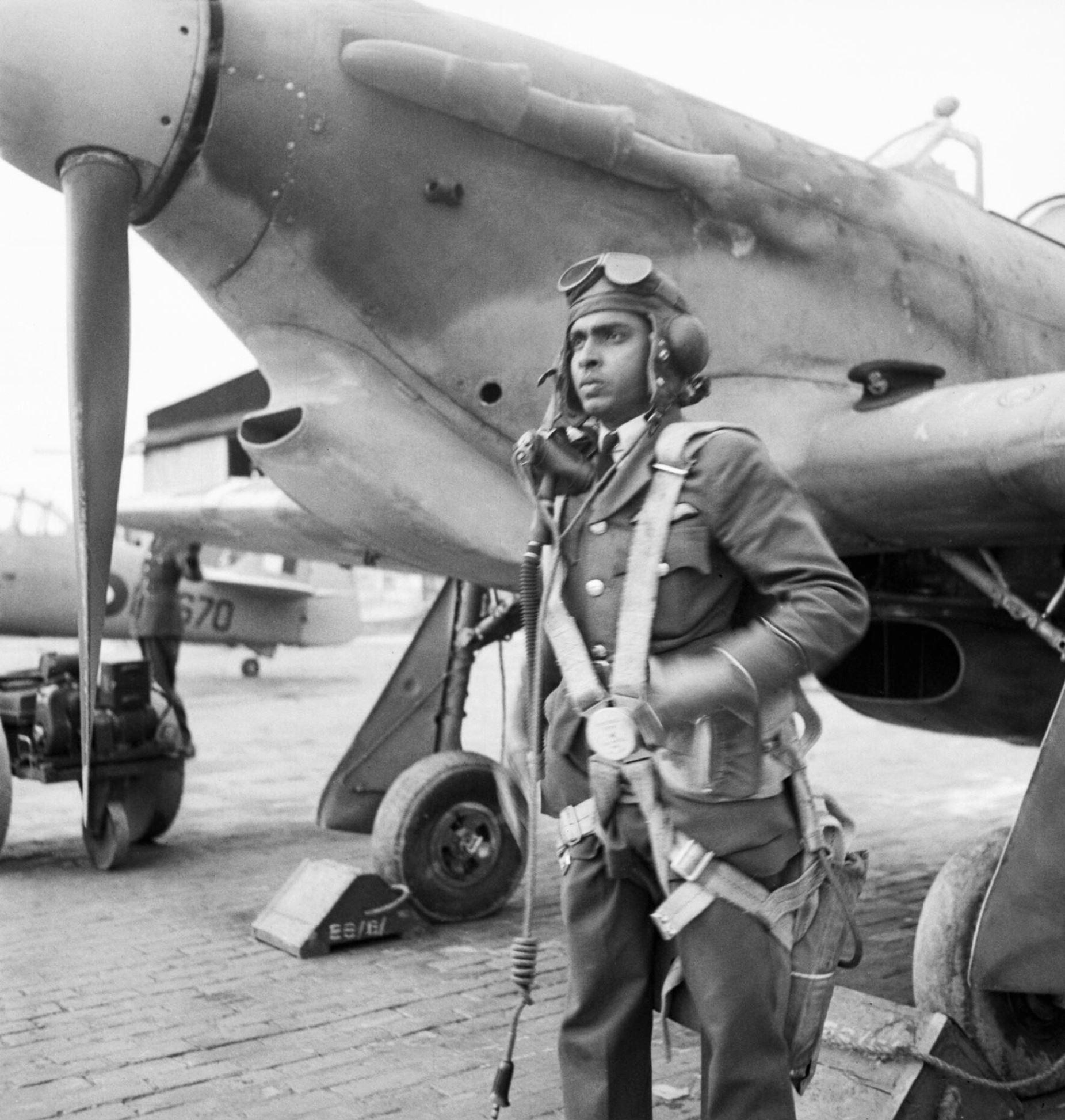 Aircrew RIAF student pilot at Kohat IWM IB1330