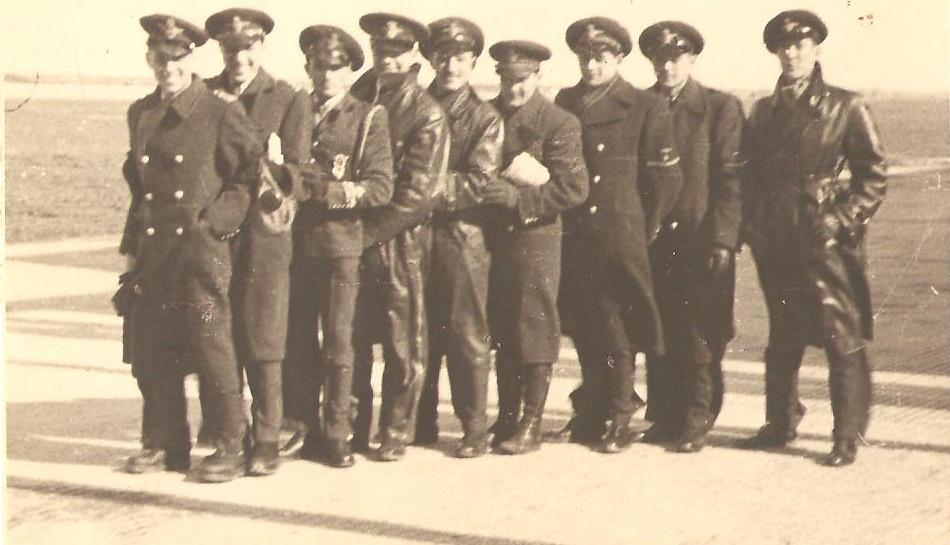 Aircrew Romanian pilot Petre Cordescu Romanian AF with fellow pilots 06