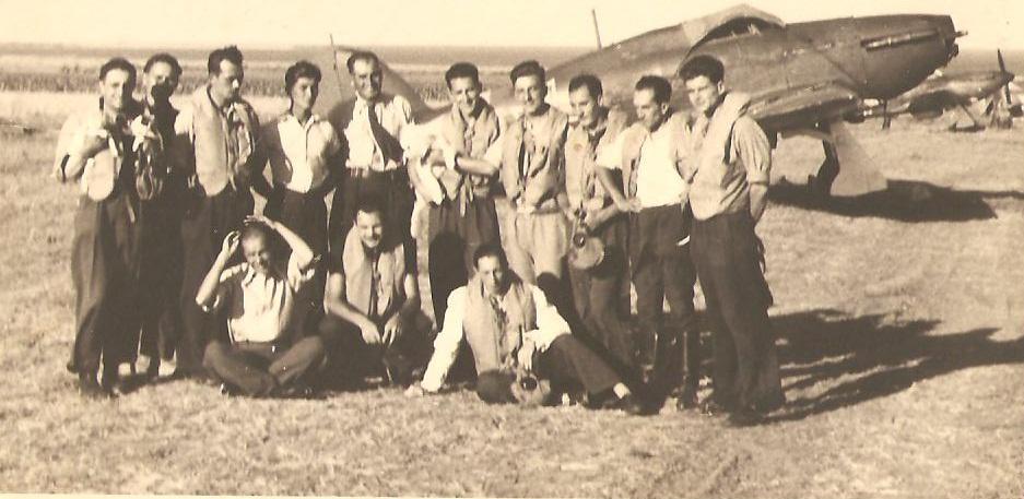Hawker Hurricanes RRAF Esc 53 Rumania 1941 Petre Cordescu collection 02