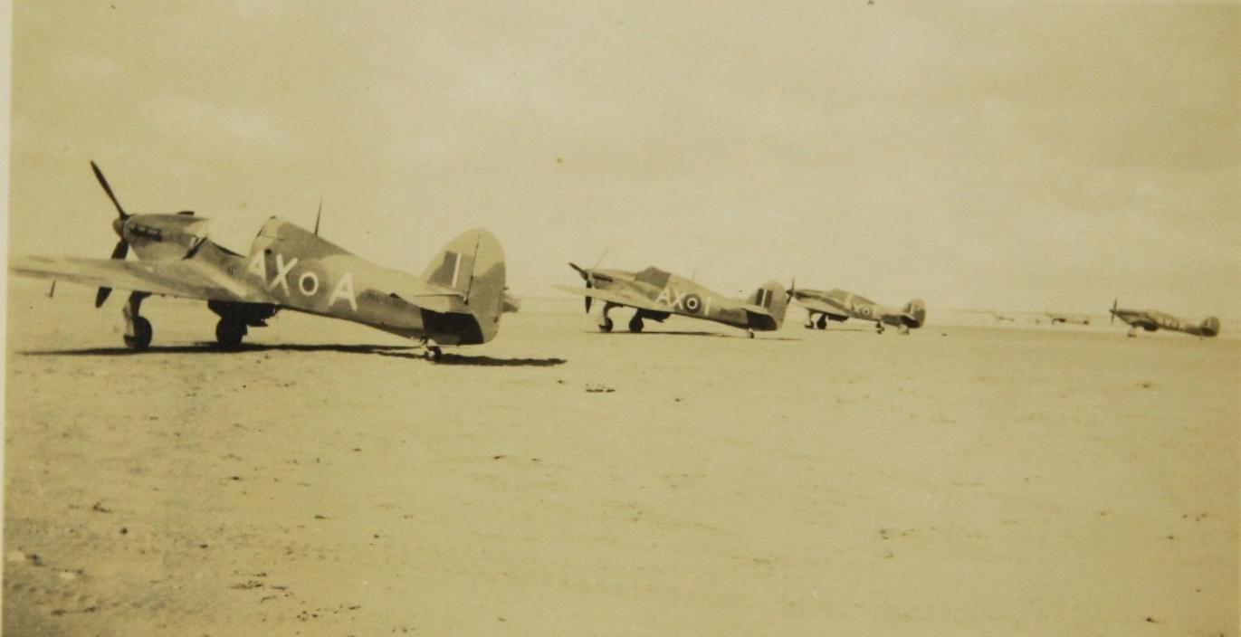 Hawker Hurricane IIb SAAF 1Sqn AXA and AXI North Africa 1942 01