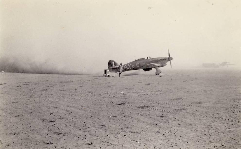 Hawker Hurricane IIb SAAF 1Sqn AXC North Africa 1942 01