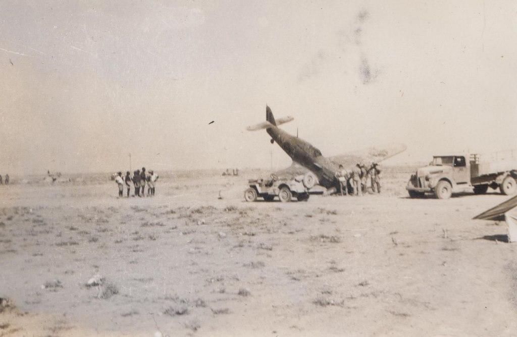Hawker Hurricane IIb SAAF 1Sqn AXJ North Africa 1942 04