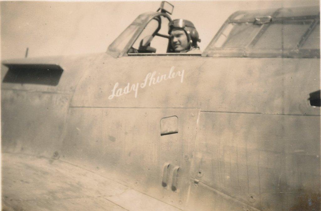 Hawker Hurricane IIb SAAF 1Sqn AXK BD888 1942 02