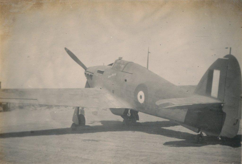 Hawker Hurricane IIb SAAF 1Sqn AXK BD888 1942 03