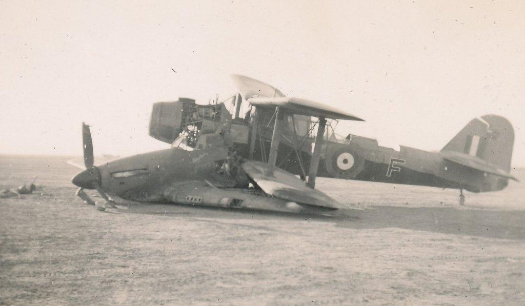 Hawker Hurricane IIb SAAF 1Sqn AXK BD888 1942 08