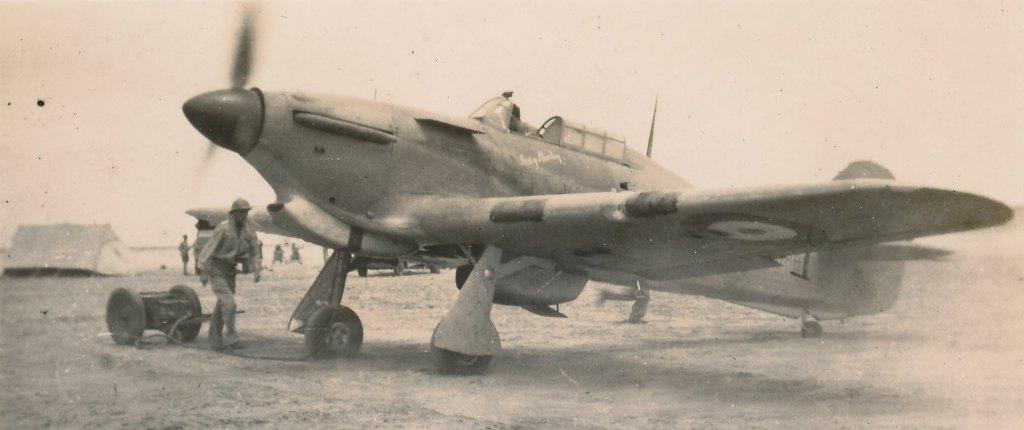 Hawker Hurricane IIb SAAF 1Sqn AXK BD888 1942 11