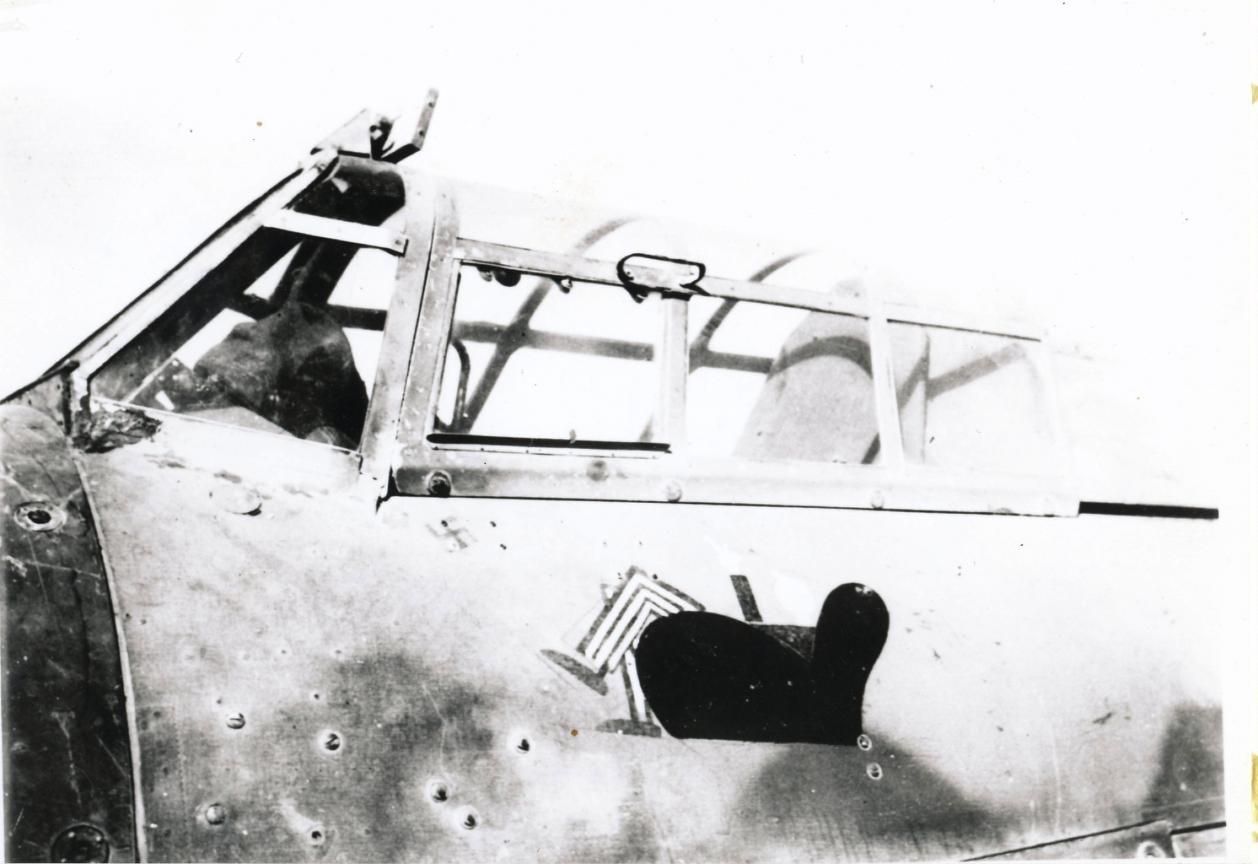 Hawker Hurricane IIb SAAF 1Sqn AXM Jerks Maclean Z5348 1942 04