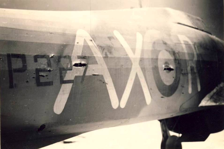 Hawker Hurricane IIb SAAF 1Sqn AXR Ray Connell BP227 North Africa 1942 01