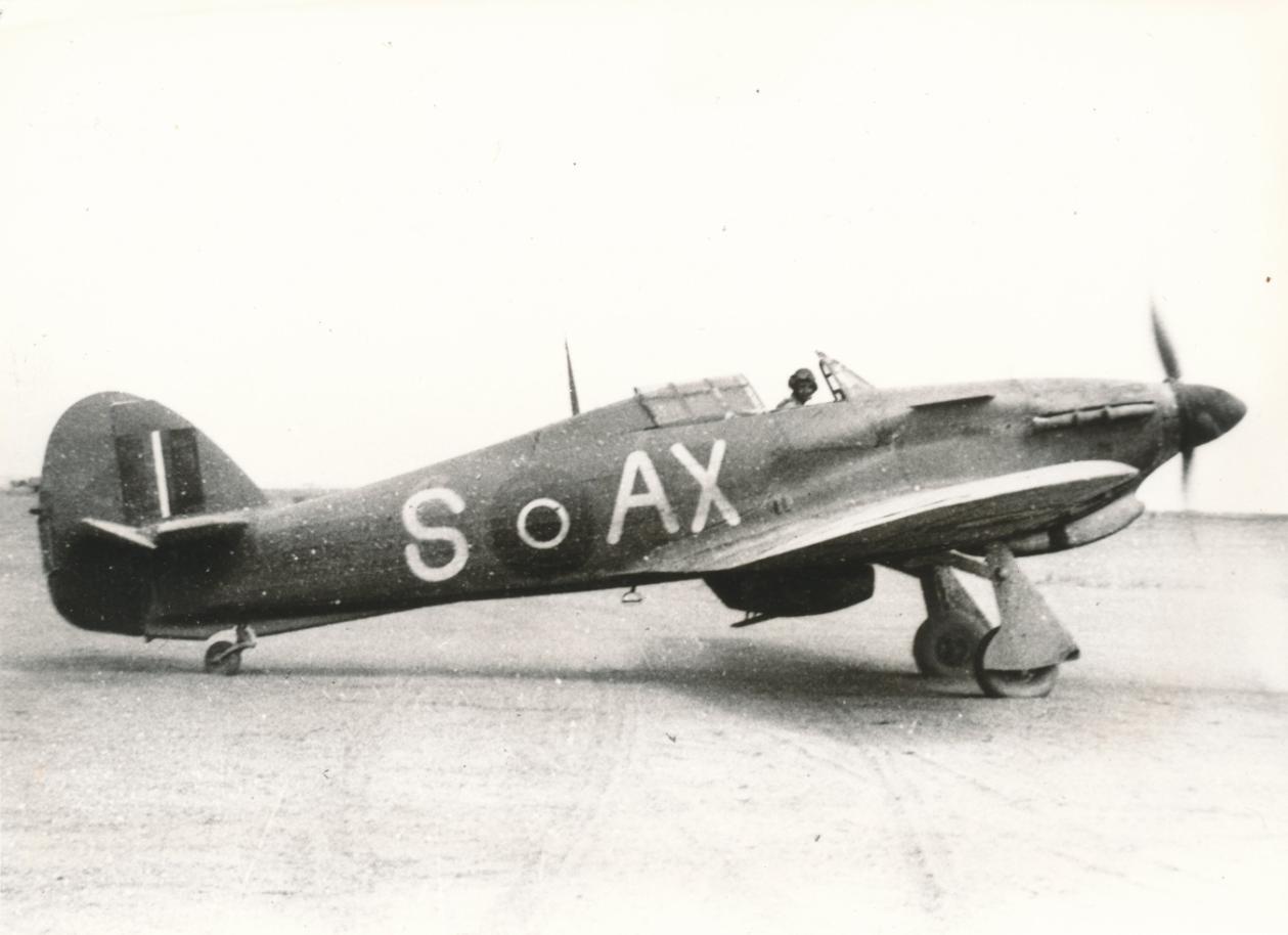 Hawker Hurricane IIb SAAF 1Sqn AXS North Africa 1942 02