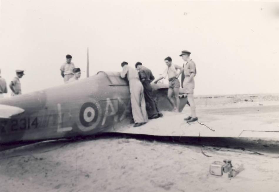 Hurricane IIb SAAF 1Sqn AXL Fred Schofield Z2314 El Gamil 18th May 1942 03