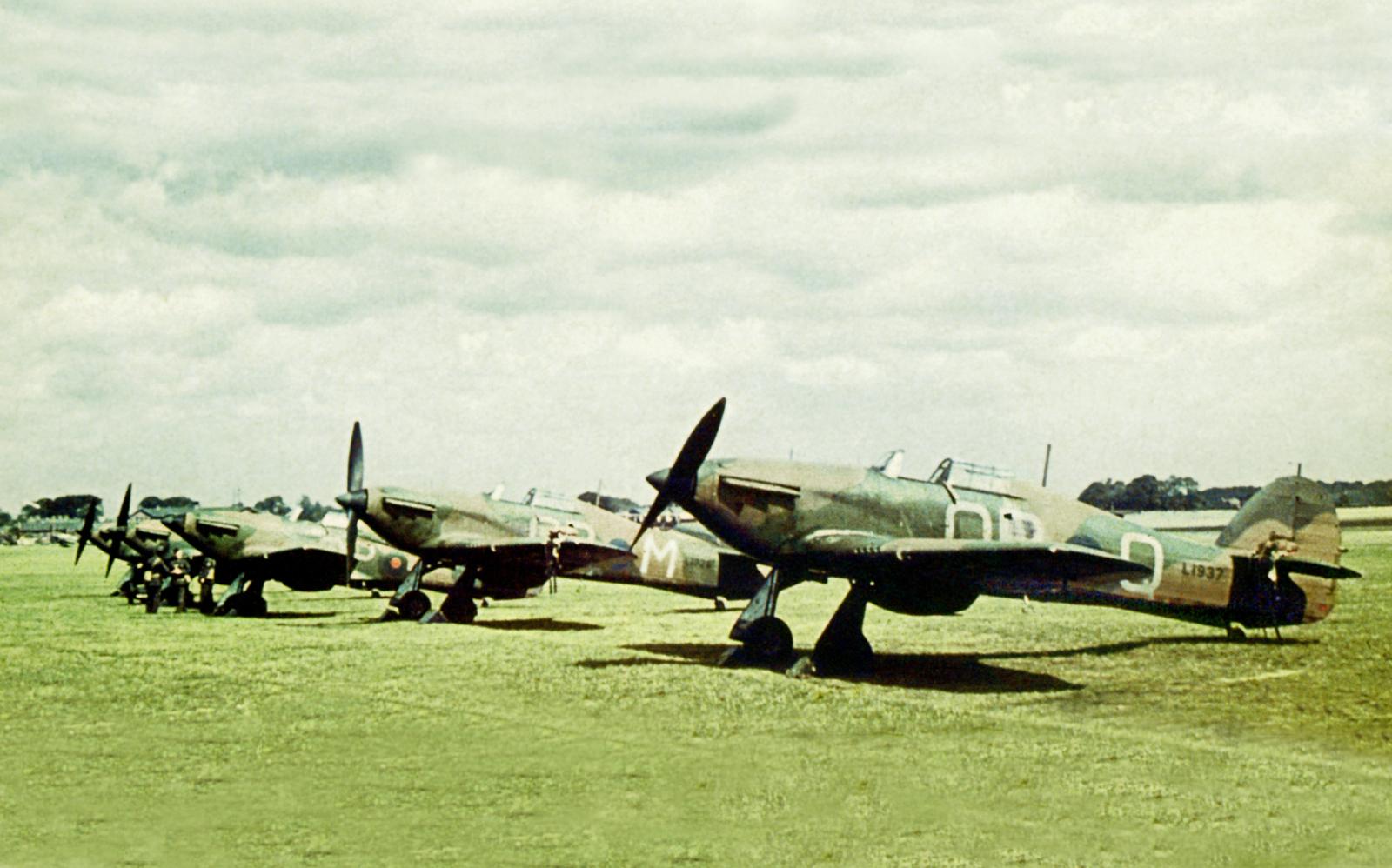 Hurricane I SAAF 3Sqn OPQ L1937 before the war South Africa 1938 39 01
