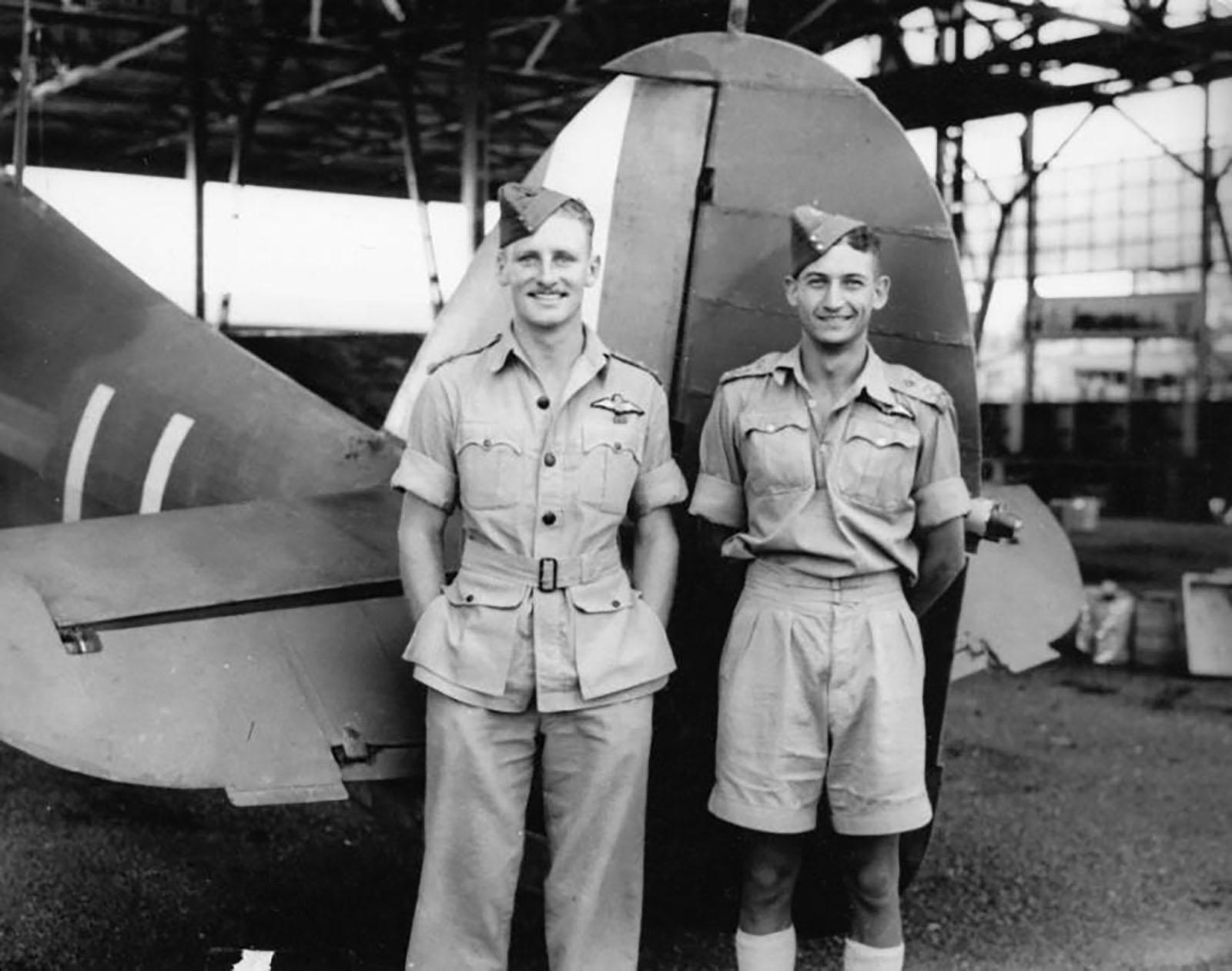 Hurricane I Trop SAAF 3Sqn U Bob Kershaw Dagahbur Ethiopia East Africa March 1941 02