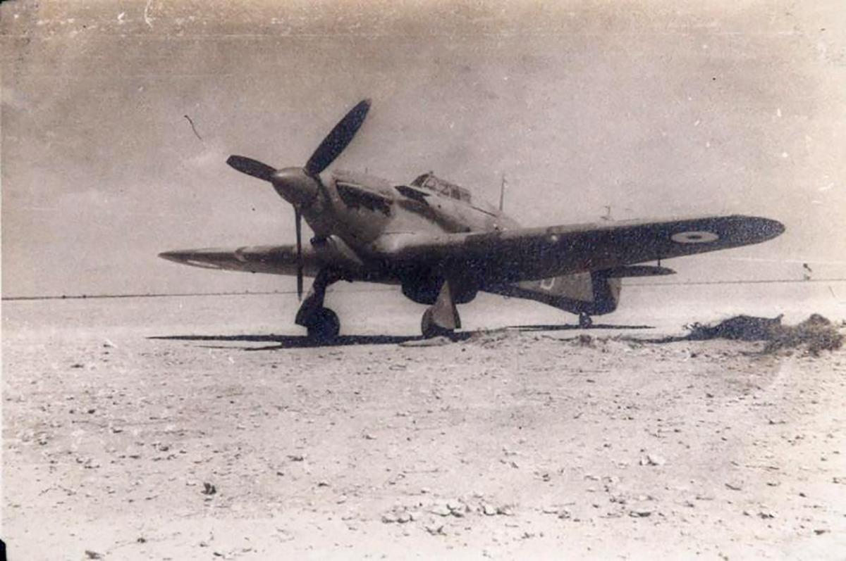Hawker Hurricane I SAAF 40Sqn WRD Ian Sturgeon BV155 North Africa 1942 02